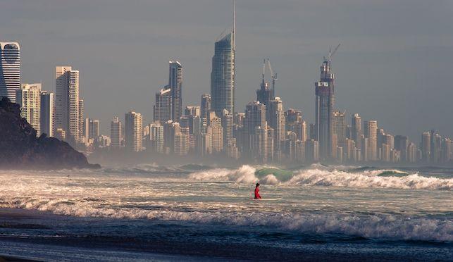 Top 5 Best Surf Spots In The World - CraveOnline