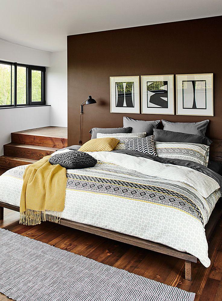 les 25 meilleures id 233 es de la cat 233 gorie oreillers jaunes sur d 233 coration de chambre