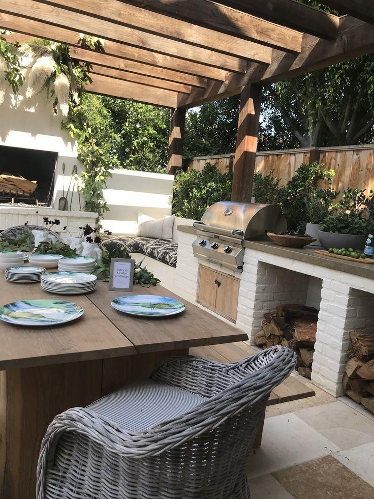 Good Photo Outdoor Kitchen Grillplatz Ideas Outdoor Kitchen Layout Is Very Rewarding Inside Your Property Style Mit Bildern Wohnen Im Freien Hinterhof Designs Aussenterasse