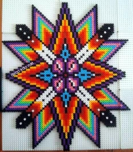 Colorful star hama perler beads by DECO.KDO.NAT - Pattern: http://www.pinterest.com/pin/374291419001141533/
