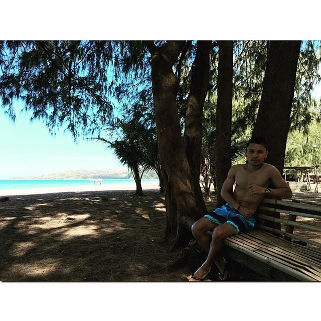 Sometimes you just go with the waves🌊☀️#Asian #pinoy #wheninbataan #bataan #estellamarizbeachresort #traveller #travelgram #travelph #like4like #followme #follow4like #follow4follow #sea #beach #adventure #explorer by sherwinforlife. pinoy #wheninbataan #adventure #bataan #like4like #beach #follow4follow #followme #travelgram #travelph #estellamarizbeachresort #sea #follow4like #asian #explorer #traveller #micefx [Follow us on Twitter (@MICEFXSolutions) for more...]