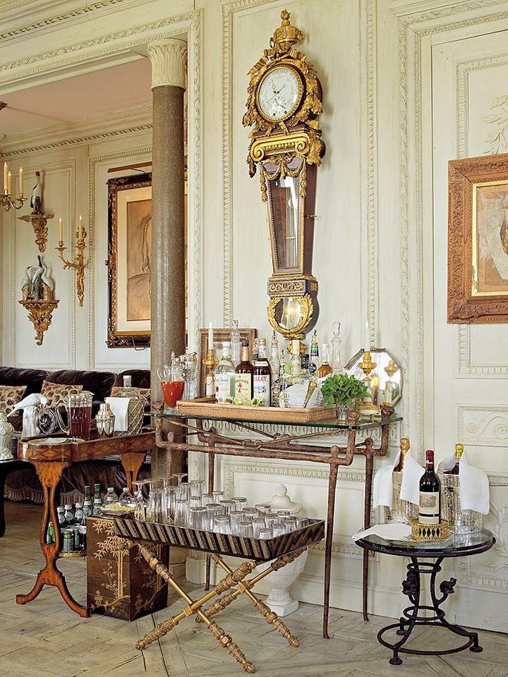 "Howard Slatkin's ""Fifth Avenue Style"" Living Room"