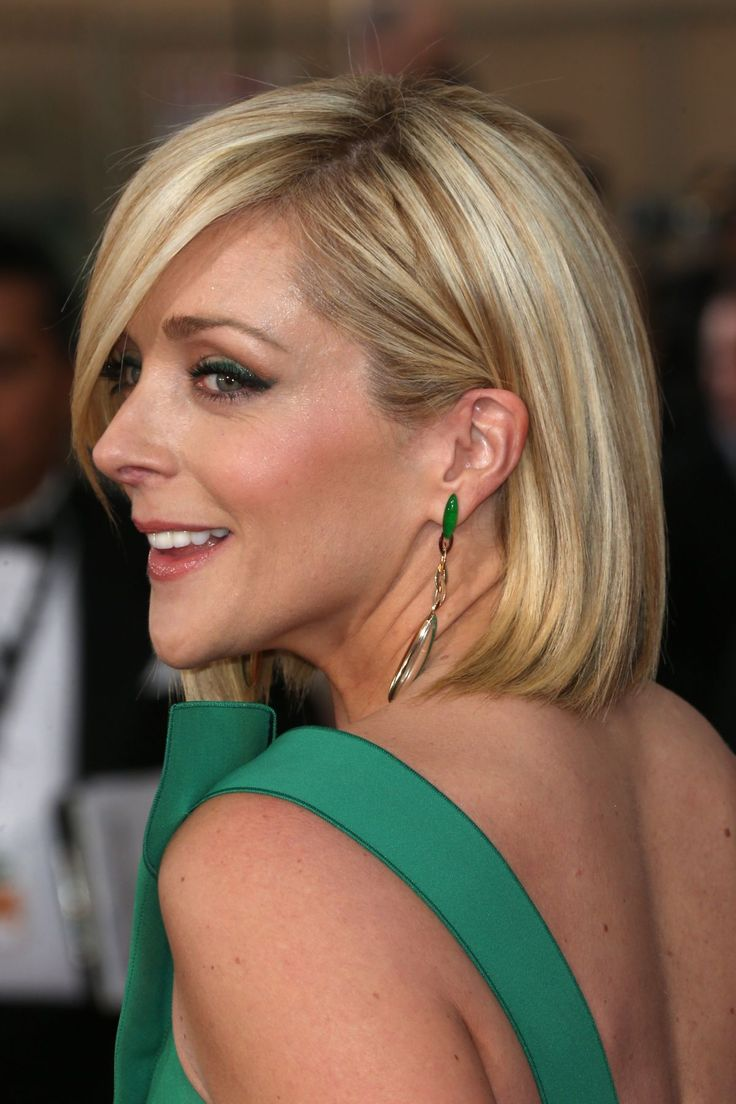 JANE KRAKOWSKI at 2014 SAG Awards in Los Angeles