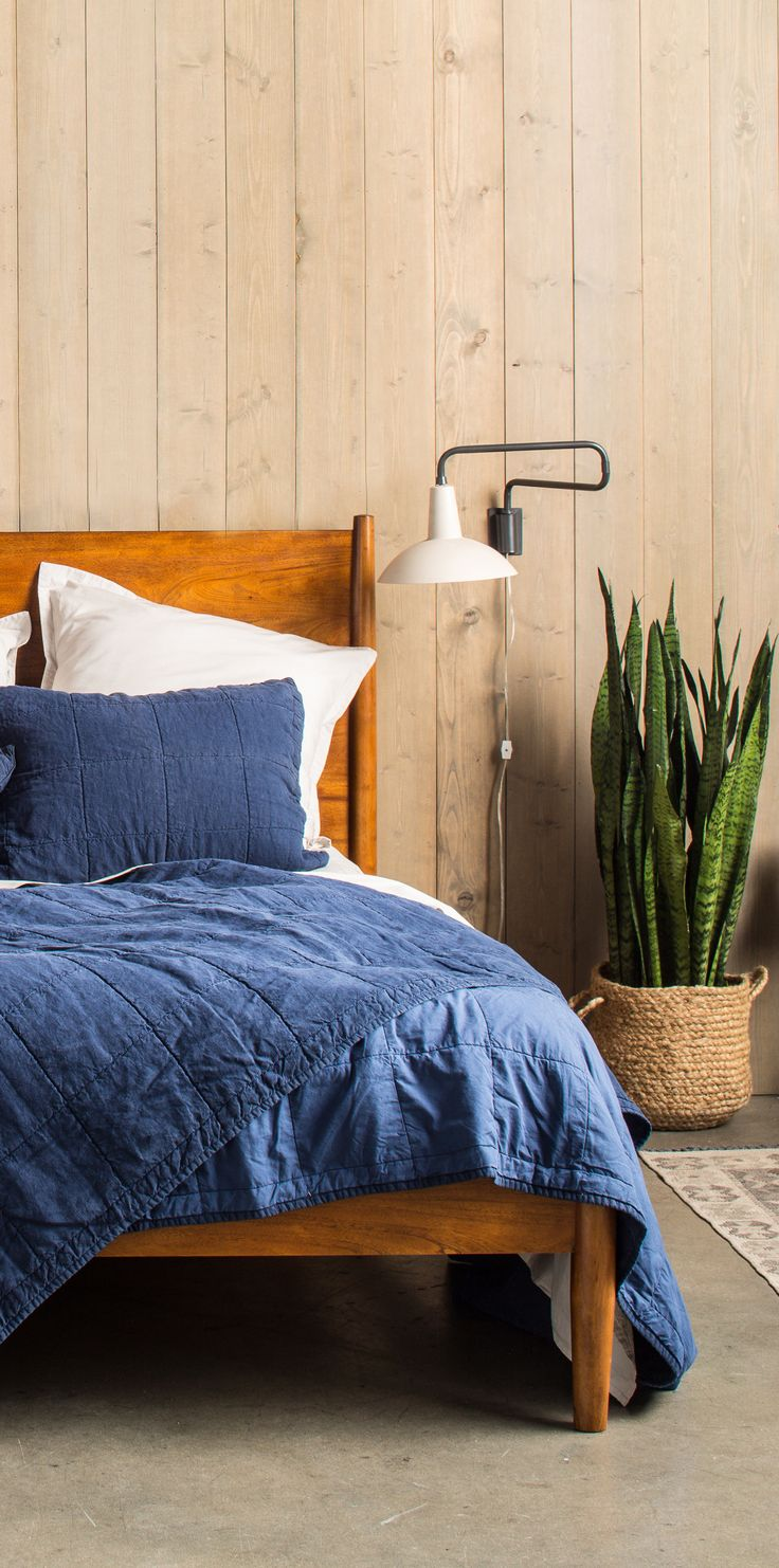 A modern take on the traditional bedding essential, our Essential Quilt comes in 4 colors and is the perfect bedroom addition for the holidays. http://www.parachutehome.com/products/essential-quilt?variant=8356892929