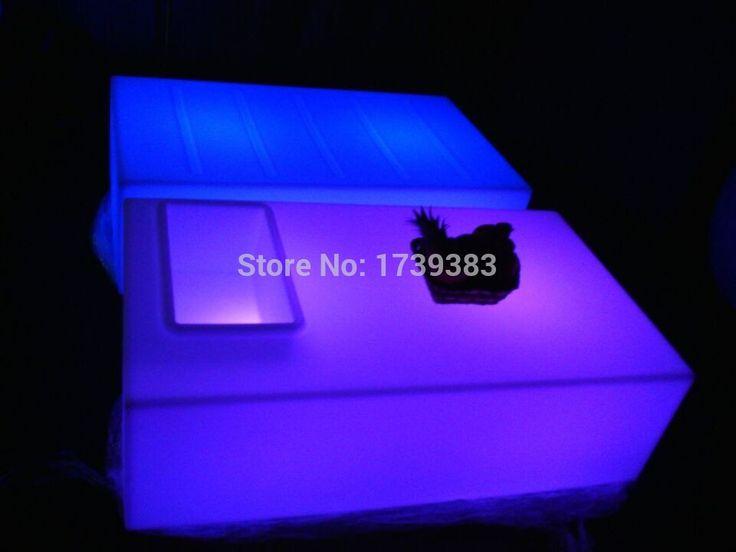 Дешевое Прямоугольник квадратное отверстие журнальный столик из светодиодов свет таблице дистанционного управления мебель для гостиной роскошный отель ктв бар столы, Купить Качество Пластиковые столы непосредственно из китайских фирмах-поставщиках: Luminous Remote control LED Bar Counter,PolyDeco Bar,LED JUMBO Bar Table,rechargeable Rundbar LED Bartresen furnitureUS