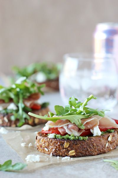 Arugula, Prosciutto and Goat Cheese Open-Faced Sandwich - Cookie Monster Cooking