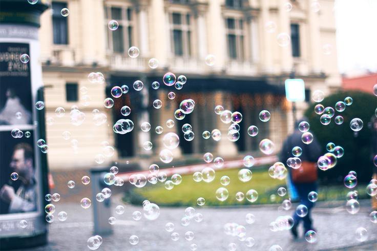 soap bubbles in krakow