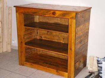 poncer un meuble en palette. Black Bedroom Furniture Sets. Home Design Ideas