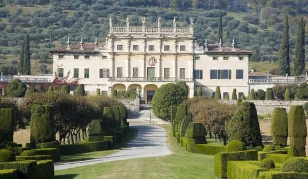 Villa Veneta. Built in 1656 by Giovan Battista Bianchi on pre-existing construction dating back to the 14th and 16th Centuries.