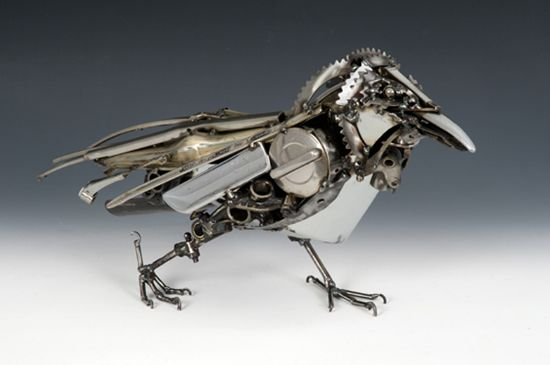 Steampunk-animals: Raven  http://www.odditycentral.com/pics/steampunk-animals-by-james-corbett-the-car-part-sculptor.html#