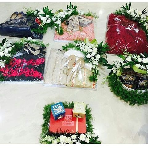 Wedding Season is on full swing. And of course you wanna impress your guests with not only gifts but also breathtakingly beautiful packing.  And our experts of season are @fresh_baskets with a wide range and reasonable price.  Comment below for a quick packing book. . .  #Shaadimagic #Trousseau #TrousseauPacking #Gift #GiftPacking #Bollywood #Weddings #IndianWedding #ootd #Shaadi #WeddingPlanning #Beautiful