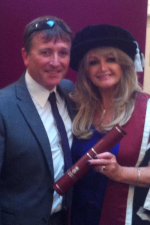 Bonnie and her brother Paul Hopkins  #thequeenbonnietyler #therockingqueen #rockingqueen #2013 #wales #swansea #swanseauniversity #honorarydegree #paulhopkins #music #rock