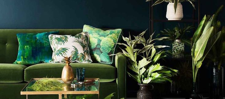 Hot off the press images and a super exclusive first look at '2015 Colour Expressions Forecast' by Haymes with five key trends for the year ahead.