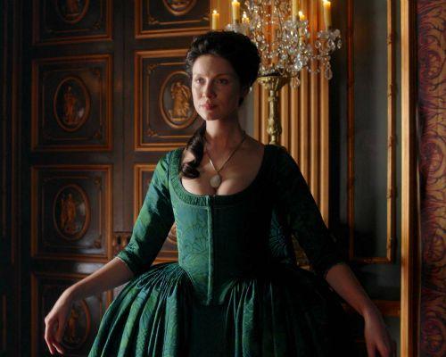 The YKYLF Blog: Ten reasons to watch Outlander