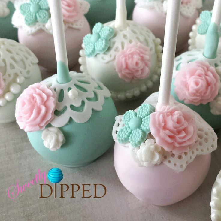 Vintage Flowers and Lace Cake Pops Perfect for a Shabby Chic Wedding, Bridal Shower or other Vintage themed event.