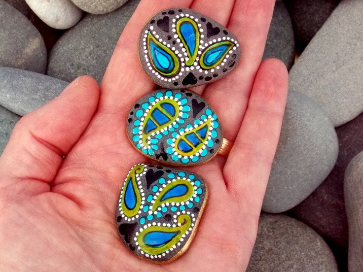 Teardrops from the Sea / Magnets / Painted Stones/ Sandi Pike Foundas / Cape Cod. $34.00, via Etsy.