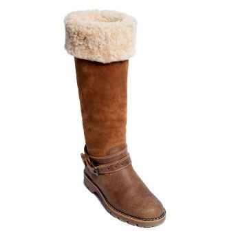 Roots - Aspen Sheepskin Boot, cottage time is never complete without sheepskin boots with shearling! #CDNGetaway!