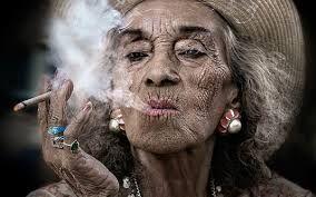 sigaar rokende vrouwen - Google zoeken