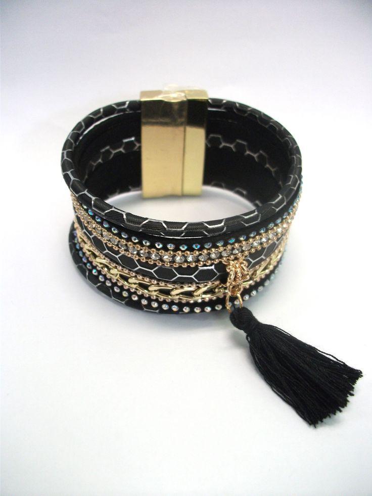 BC65727 Edgy bracelet with tassel charm