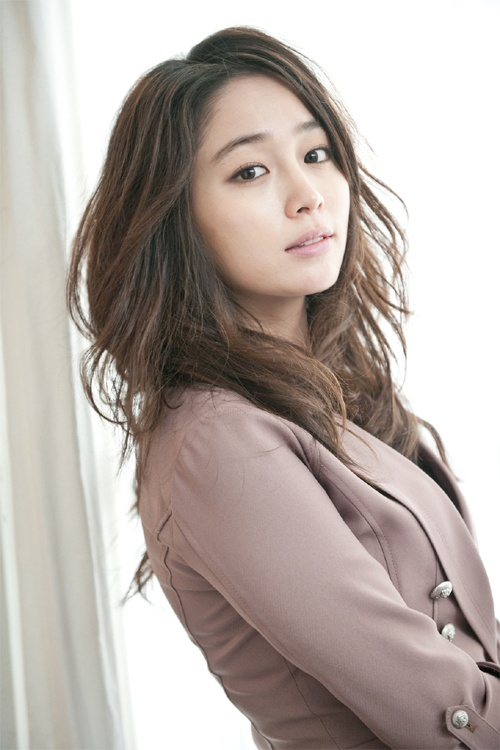 Lee Min Jung never got acting advice from boyfriend Lee Byung Hun?