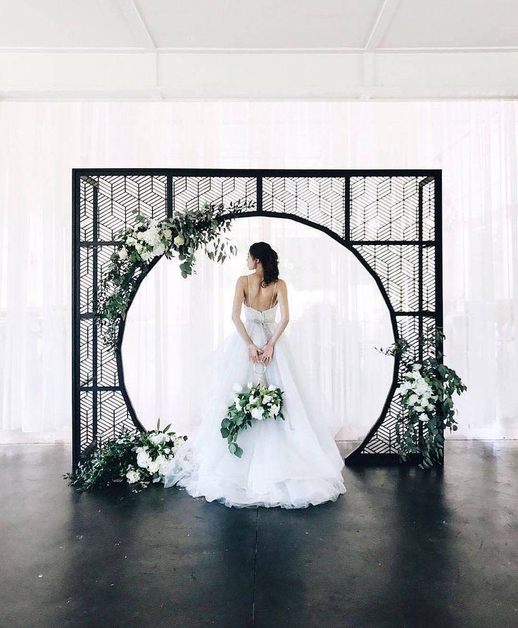1.2 млн читачів, 3 відстежувань, 6,378 дописів – подивіться світлини та відео Wedding Dream (@weddingdream) в Instagram