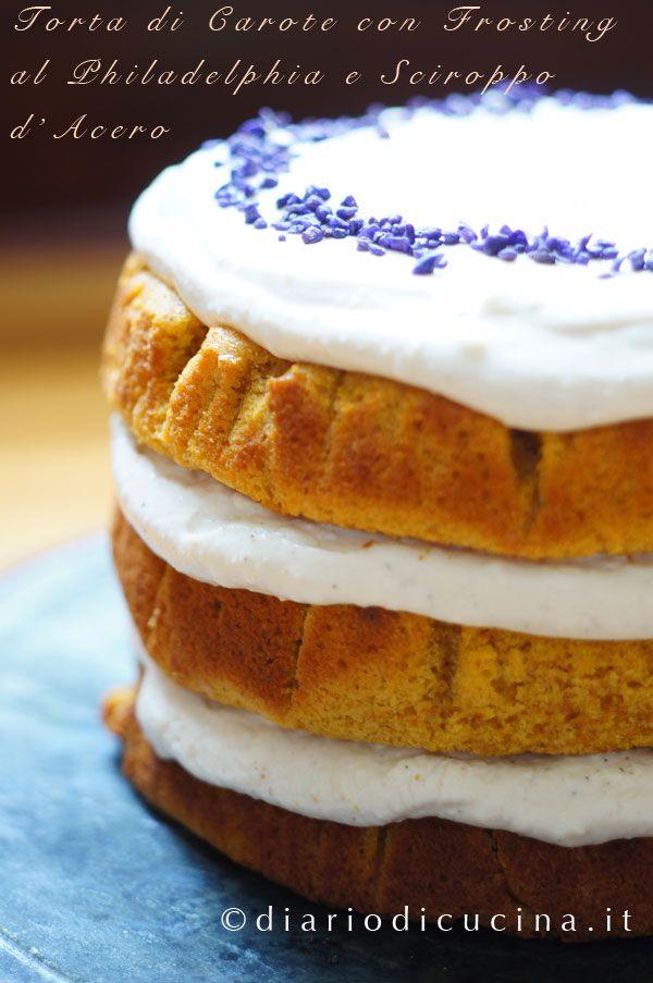 Torta di Carote con Frosting al Philadelphia e Sciroppo d'Acero - Diario di Cucina. Expat-Mamma in Francia. Quindi se cercate la torta di carote all'italiana cambiate sito, qui oggi c'è la torta di carote americana, quella a strati, con un bel frosting al formaggio. Avevate in mente di fare dei cupcakes alla carota? Niente di più semplice: con le dosi di questa torta di carote ce ne vengono 24.