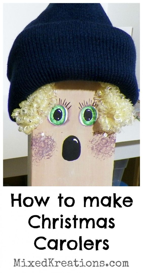 How To Make Christmas Carolers  These Christmas Carolers are made from wood 4x4 post, and dressed up using clothes that I picked up at the thrift store. They are adorable standing on the porch to greet vistors, or standing by a mantle.   http://mixedkreations.com/2012/12/diy-christmas-carolers/  Diy Christmas Carolers, Wooden Christmas Carolers, Christmas Craft, Christmas Decor, Holiday Decor