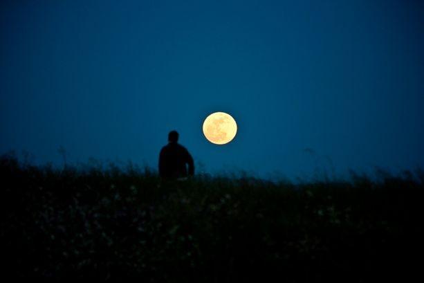Le foto della super Luna del 5 maggio 2012