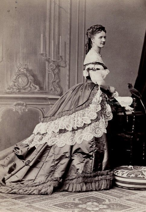 Portrait of a woman in a ball gown, ca. 1870. #photography19thcentury - #photography19thcentury #portrait #woman -