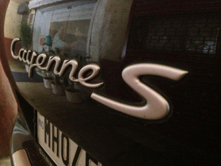 Porsche Cayenne S logo