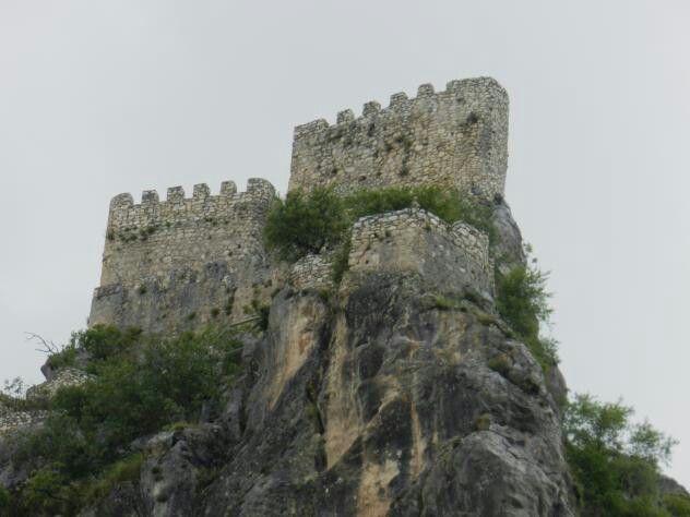 Castillo de Albanchez de Ubeda en la sierra de Magina. Jaen. Spain. foto: Tito.