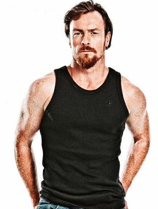 Toby Stephens get sexier with age!