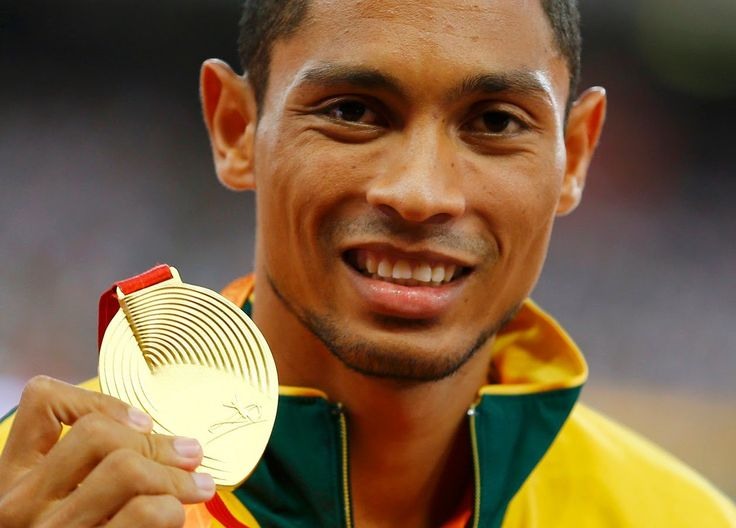 Wayde Van Niekerk Breaks Michael Johnson's 17-Year-Old World- Olympic Ri...