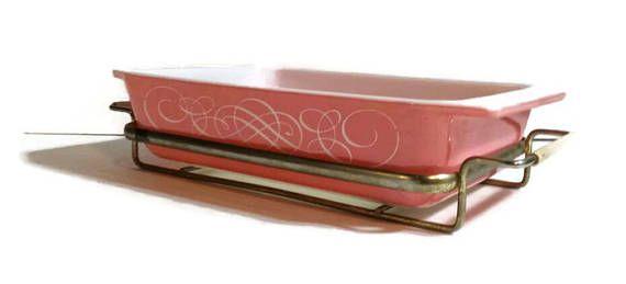 1950s Pyrex Pink Swirl 2 quart casserole dish Pink Pyrex