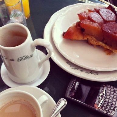 Paris Cafe カフェ・ド・フロール