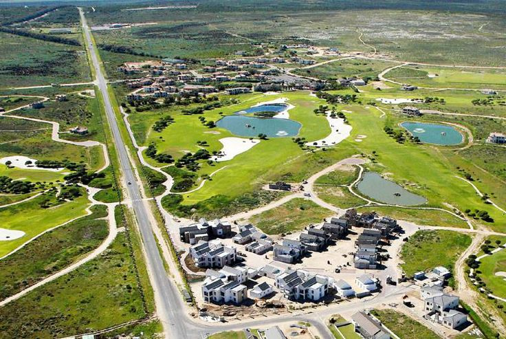 Langebaan Country Club - golf estate with a great lifestyle.