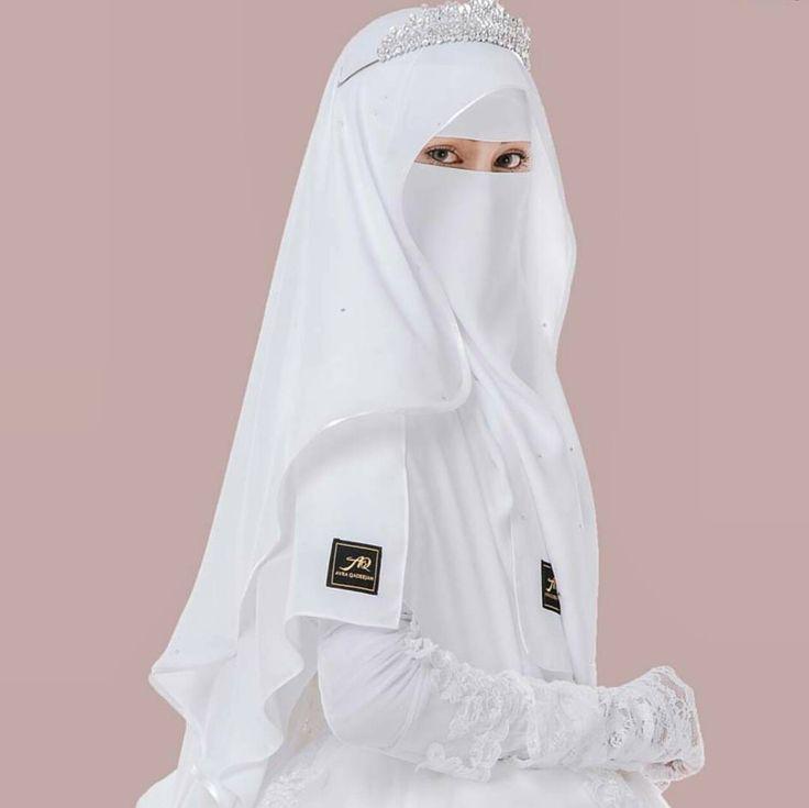 "71 Likes, 2 Comments - Niqab is beauty (@beautiful_niqabis) on Instagram: ""#hijab #burqa #hijaab #arab #modesty #Abaya #Niqab #Jilbab #purda #nikah #muslimah #wife #niqabi…"""