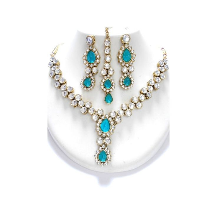 Royal Blue Ocean Jewelry Set is a handcrafted ornament made up of CZ stones. It's a perfect jewelry for wedding parties and family events. Available at www.skyfashionshop.com