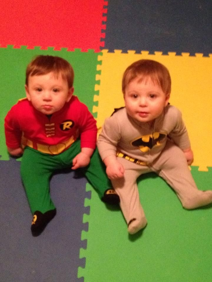 ideas for twin halloween costumes from the twin z pillow wwwtwinznursingpillowcom - Baby Twin Halloween Costumes
