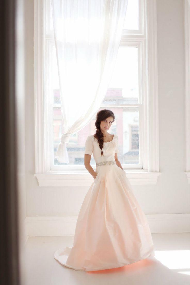 wedding dress with pocket | Photos by Jessica Janae
