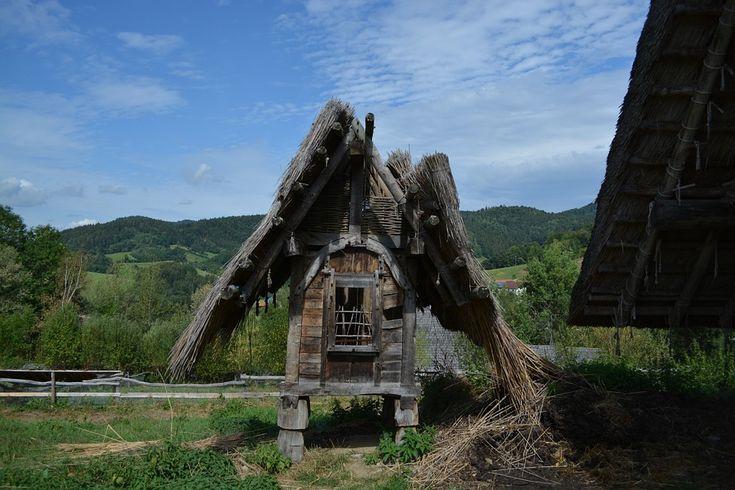 Kelt Mitolojisi, Keltler kimdir, kelt dini, kelt inancı, Bretonlar, Kelt kökenli halklar, Bretagne, Galler, Plaid Cymru, kelt haçı, kelt tanrıları
