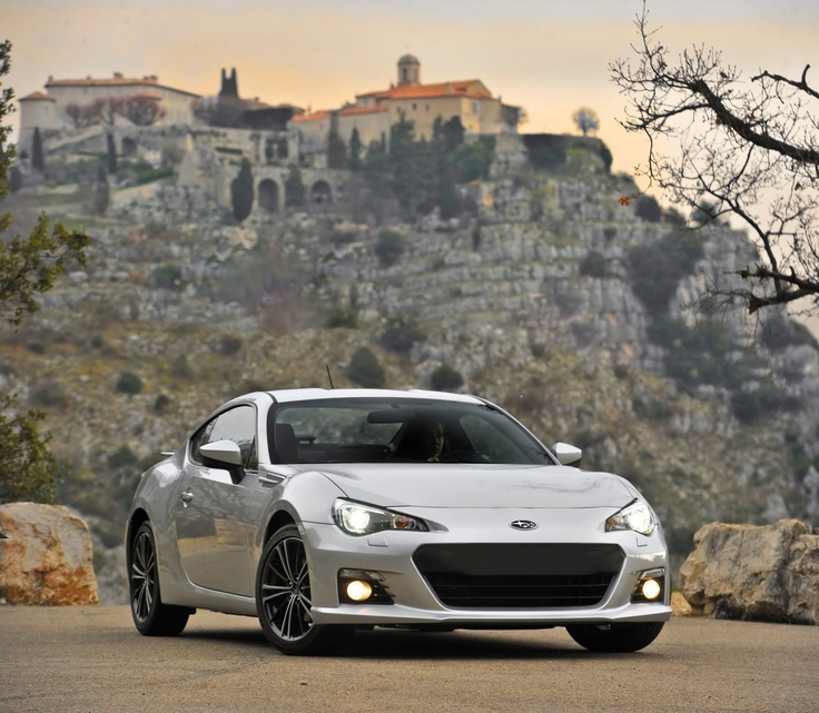 SUBARU BRZ NAMED CARS.COM BEST OF 2013 WINNER