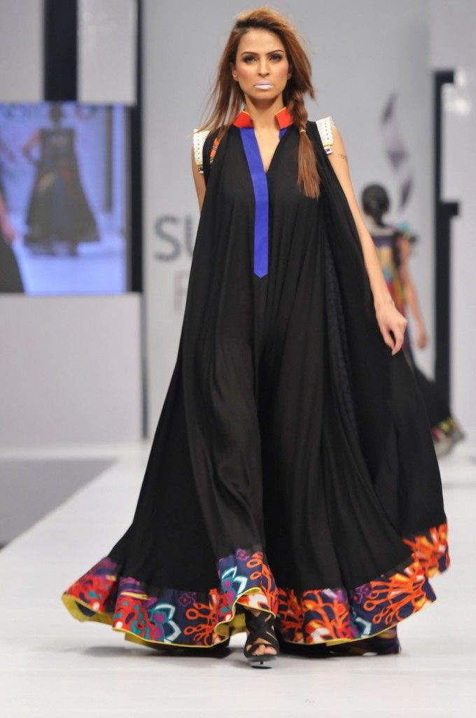pfdc fashion week karachi 2011: Dress by Mohsin ali