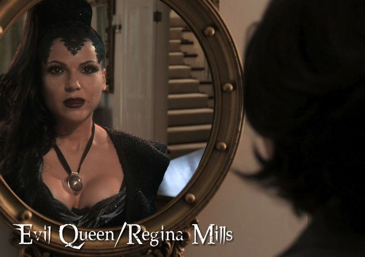 Evil Queen   The Evil Queen/Regina Mills Evil Queen/Regina