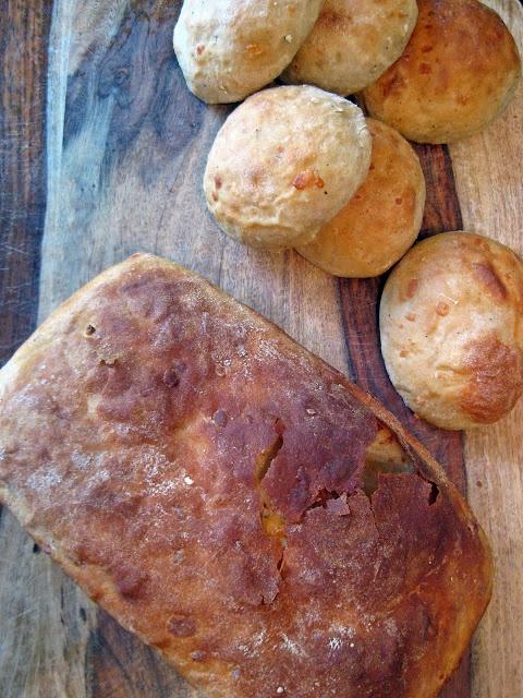 Cheddar-Asiago Potato Bread: Homemade Bread, Cheddar Asiago Potato, Potato Bread, Potatoes, Breads, Bread Recipes, Bread Machine, Food Bread, Yeast Bread