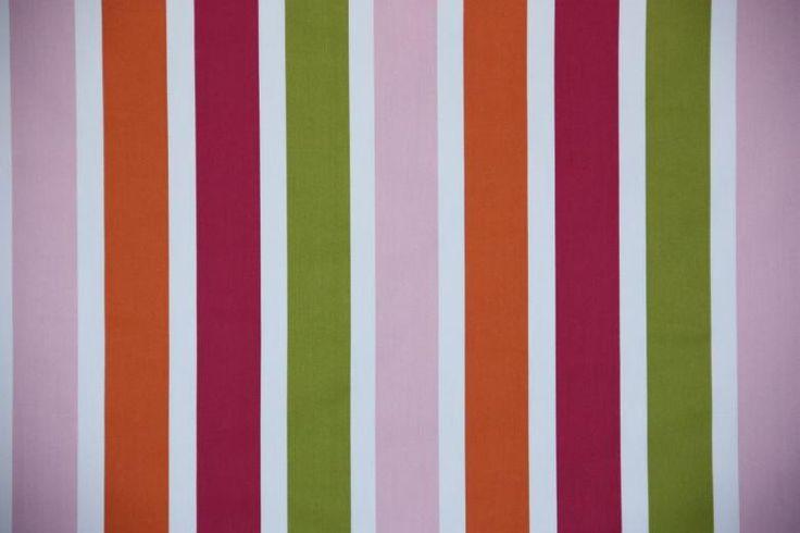 Ha jó minőségű, vidám színű és mintájú sötétítő függönyöket keres, nálunk megtalálja!  http://www.florellefuggony.hu/termekeink/sotetito-fuggonyok/#medit-tree-b25-jpg