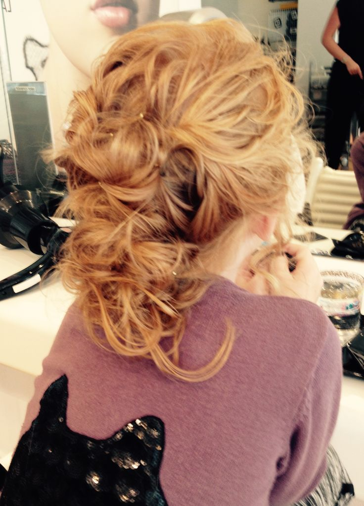 Another lovely hairdo by favorite hairdresser Sophie @klippeatelieret