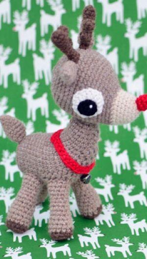 Hæklet Rudolf med den røde tud | Sødt hæklet rensdyr | Sjov gave til store og små | Mange hækleopskrifter på søde dyr, babystrik og meget mere | Håndarbejde