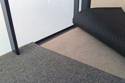 Parvekehuollpn Dry Step -termomatto tuntuu lämpimältä ympäri vuoden.
