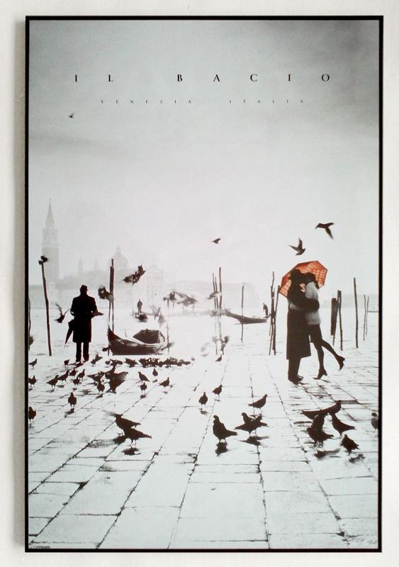 Il Bacio (Portrait) - plakat w czarnej ramie - Galeria Plakatu